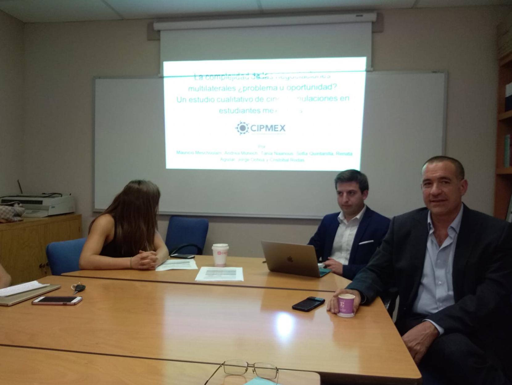 CIPMEX en Seminario de Investigación de la IBERO