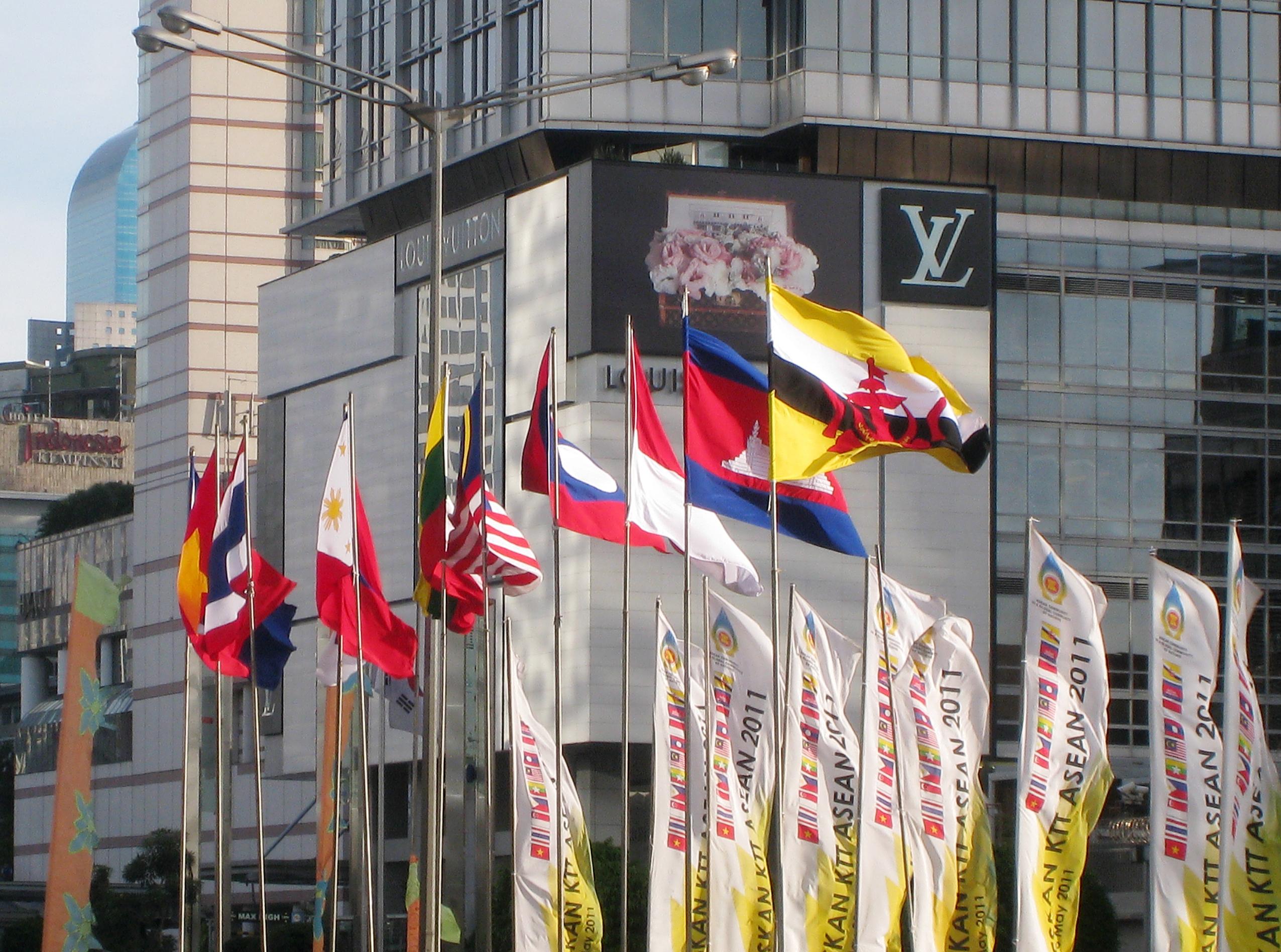 FOIP y ASEAN por el poder